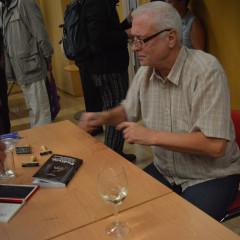 Nová kniha o jizerskohorském podivínovi je plná vzpomínek na Hnojový dům i bývalý režim