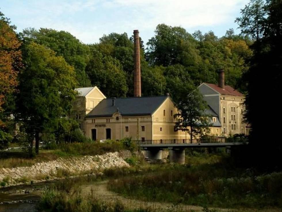 Frýdlantský pivovar slouží jako rozcestník pro turisty
