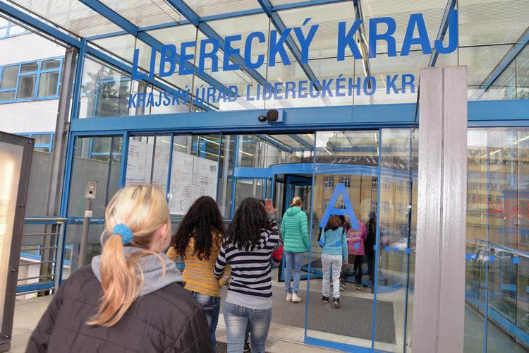 Liberecký kraj vloni na veřejných zakázkách ušetřil přes 56 mil. Kč
