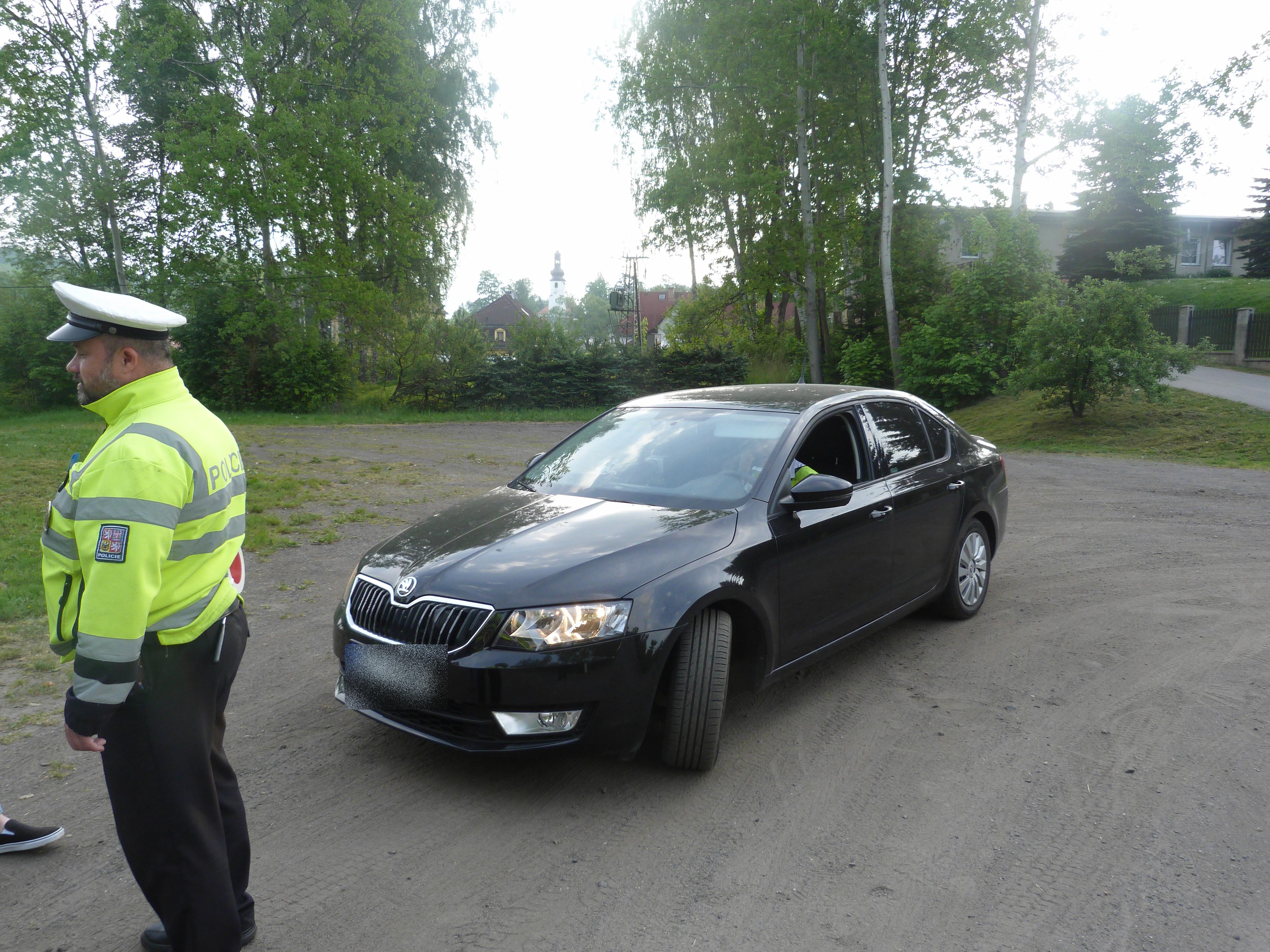 Mezi Mníškem a Habarticemi řádil policejní TOP SPEED TEAM