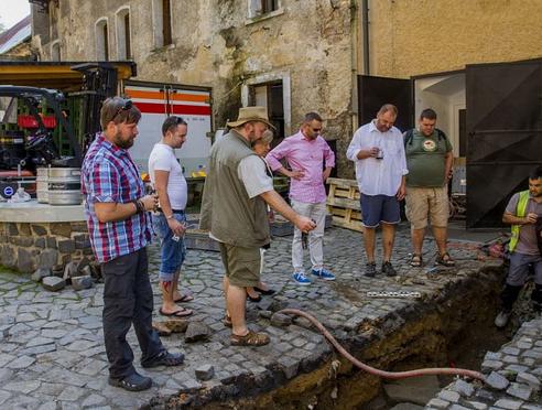 Zámecký pivovar začali znovu prozkoumávat archeologové