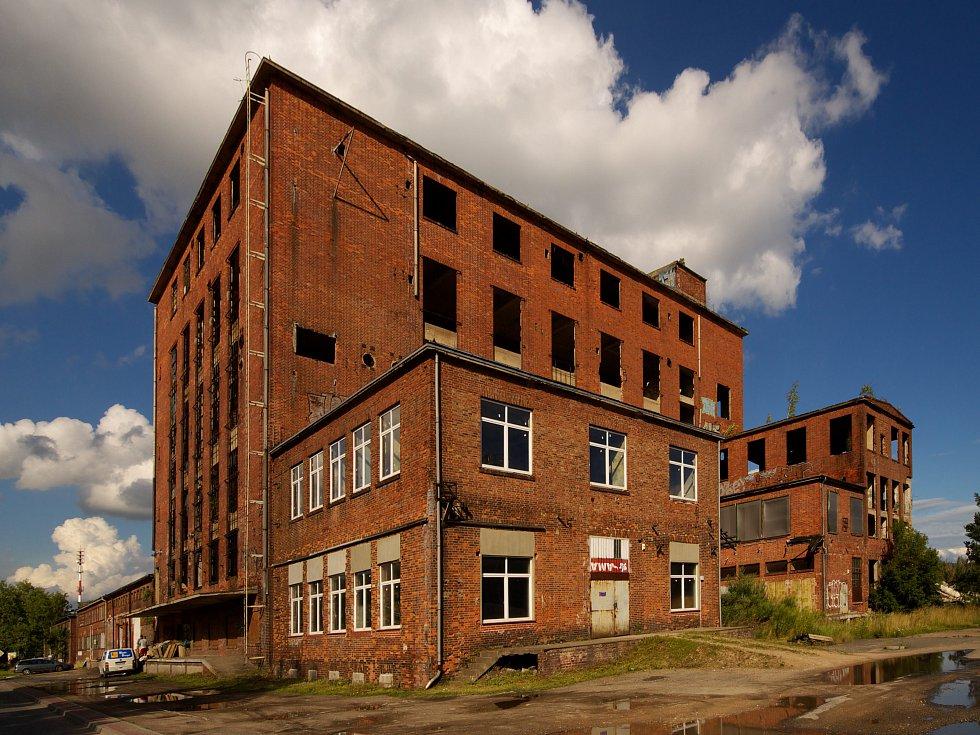 Postindustriál: Jak se v továrnách žilo a jak žijí teď
