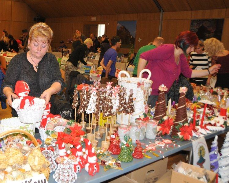 Oblíbené vánoční trhy se na krajském úřadě konají 22. listopadu