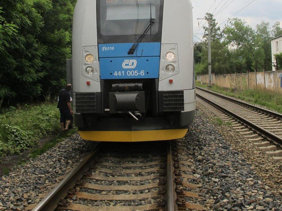 vlak-d1609129txuf1_galerie-980
