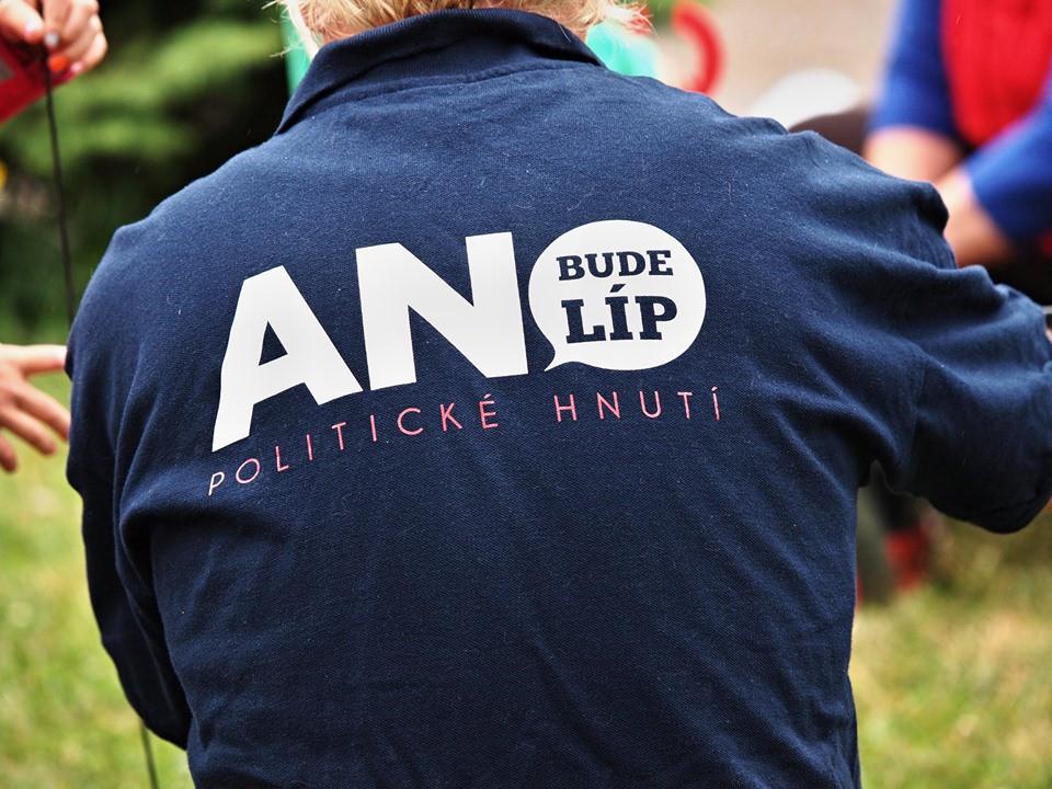 Deset členů ze zrušených organizací ANO na Liberecku chce zpět