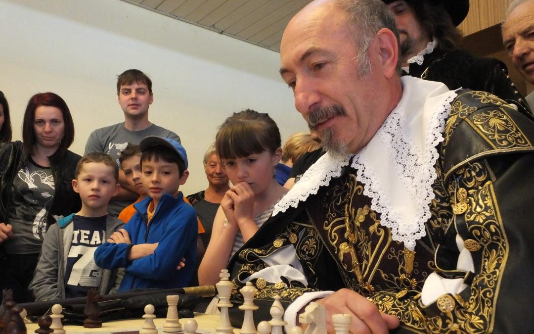 """Šachový turnaj """"Memoriál Josefa Dřevínka"""""""
