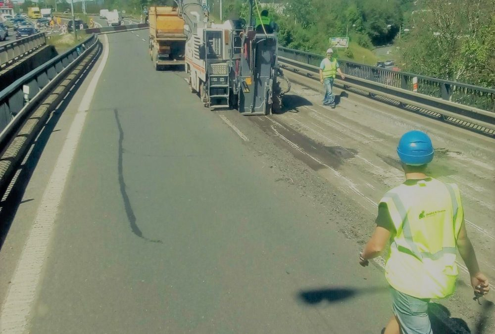Rekonstrukce mostu na průtahu Libercem začala. Dopravní omezení bude trvat půl roku