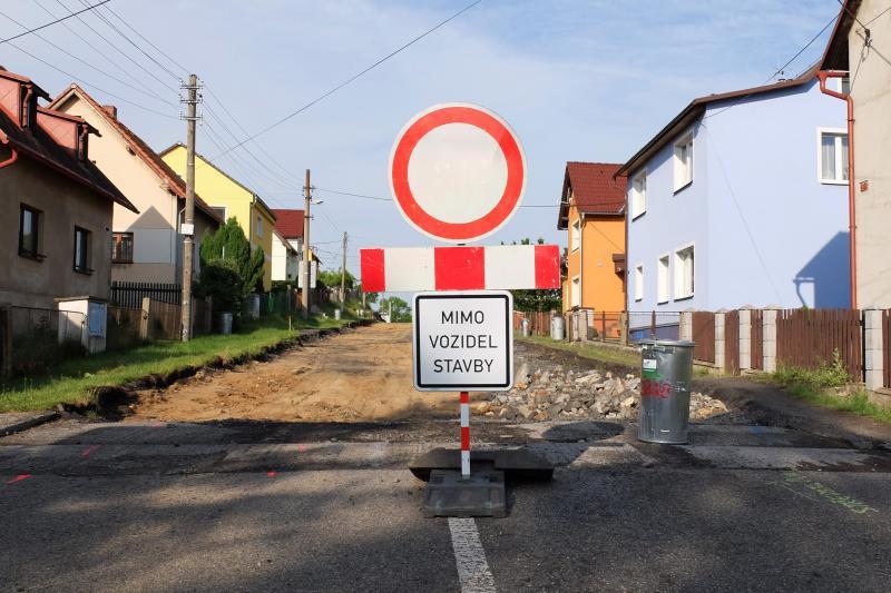 Uzavírky, kam se podíváte. Dopravu v Libereckém kraji komplikují rekonstrukce silnic