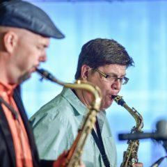 Jazzový koncert na zámku zmařilo počasí, hvězdy jazzu hrály v Besedě