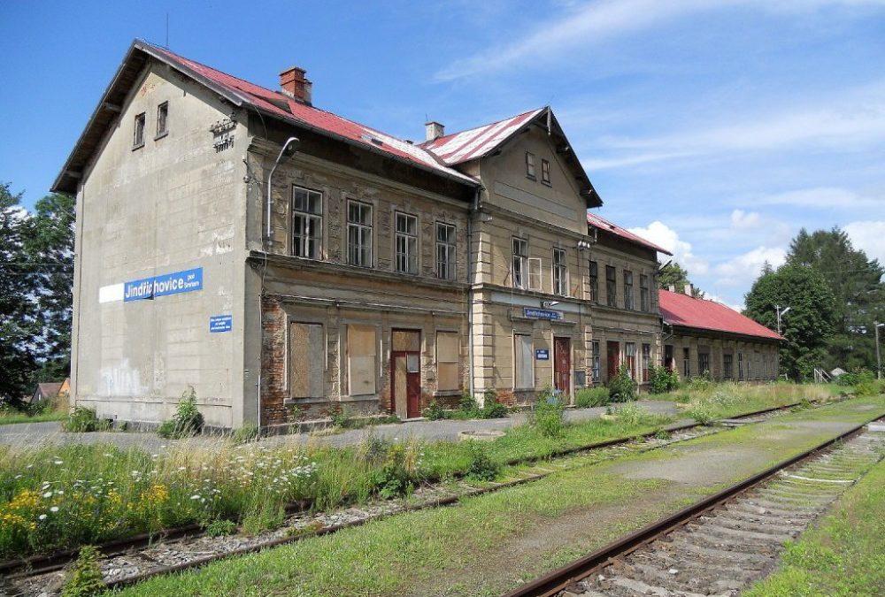 Poláci chtějí obnovit železničního spojení z Mirska do Jindřichovic. Trať nefunguje desítky let