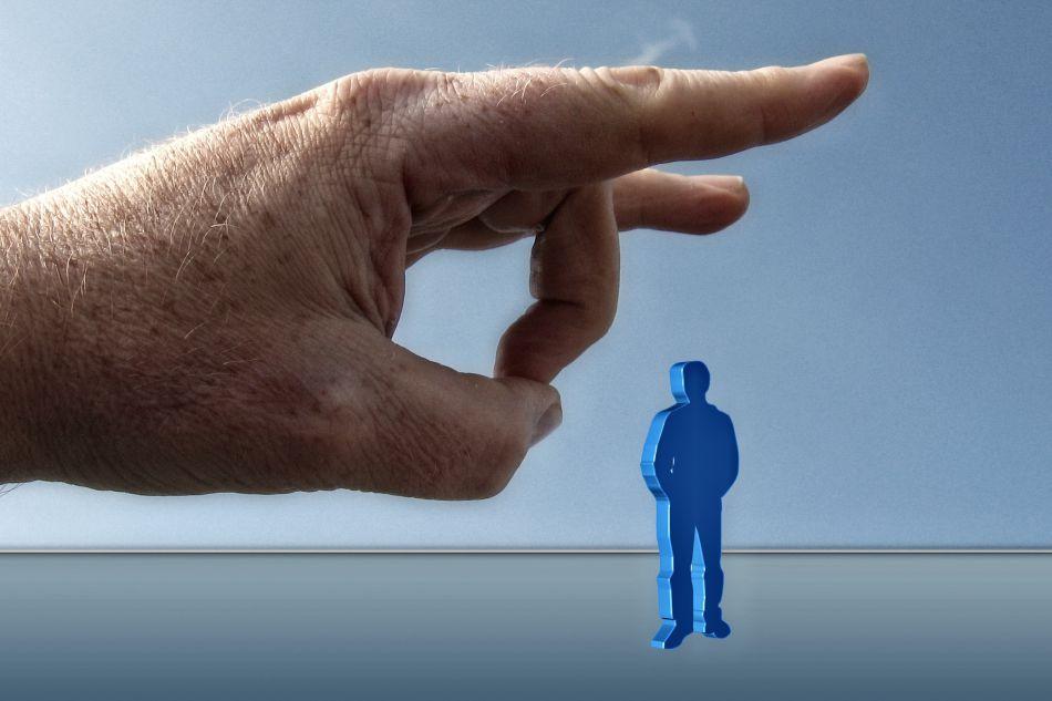 Úřady mohou déle nezaměstnaným od srpna snížit dávky až na existenční minimum