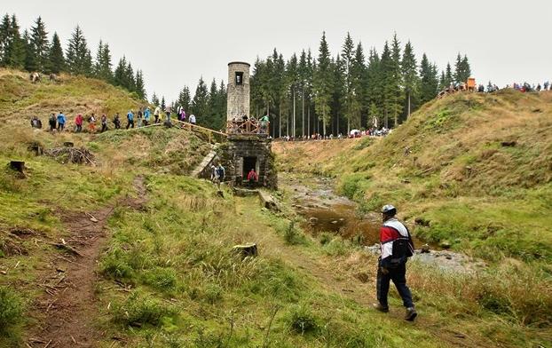Pochod Jizerskými horami chce udělat sousedy z lidí, kteří se neznají