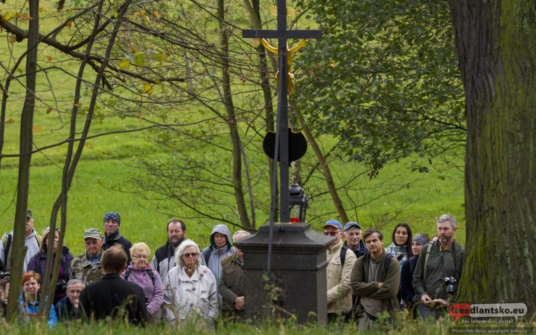 Pomník obětem sedmileté války v Luhu obnoven a požehnán / Fotogalerie
