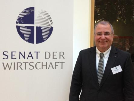 Majitel skupiny CiS, Peter M. Wöllner, je zakládajícím členem Etické rady
