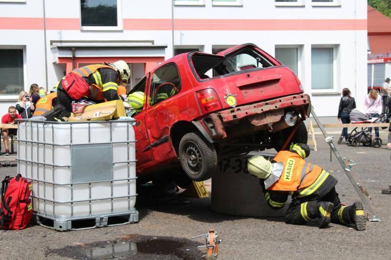 Frýdlant hostil krajskou hasičskou soutěž ve vyproštění