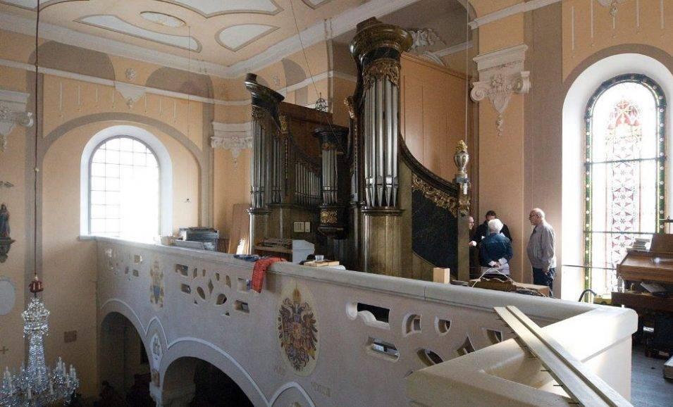 Raspenava má varhany z druhé ruky, staré sežral červotoč