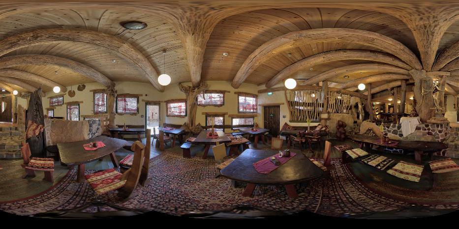 Získejte práci v Německu! Kulturinsel Einsiedel nabízí dvě volná místa: vedoucí zážitkové gastronomie a kuchař