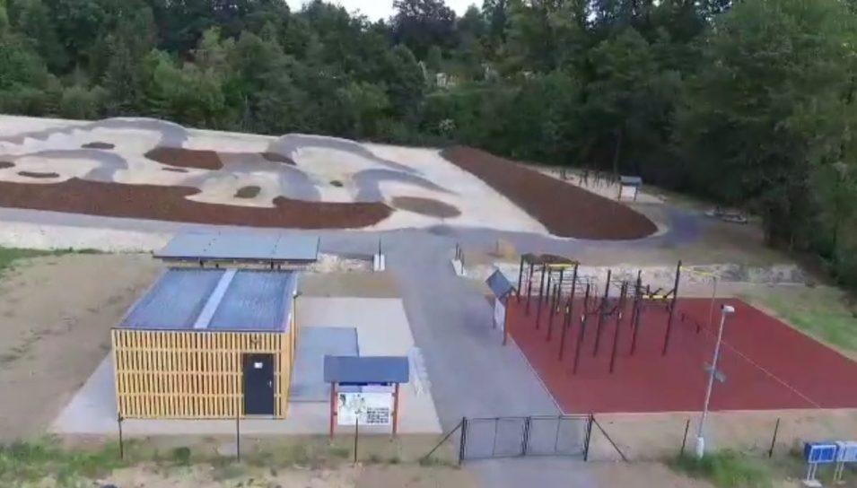 Volnočasový areál Strmá naproti skateparku se otevírá veřejnosti