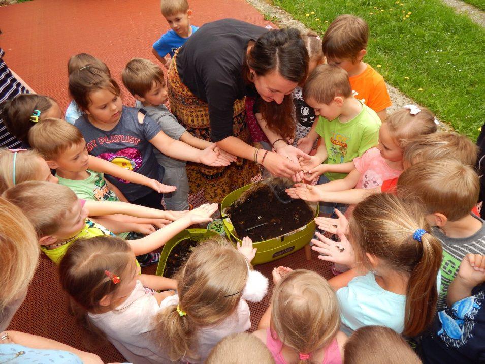 Děti z mateřských a základních škol se učí žít bez odpadů