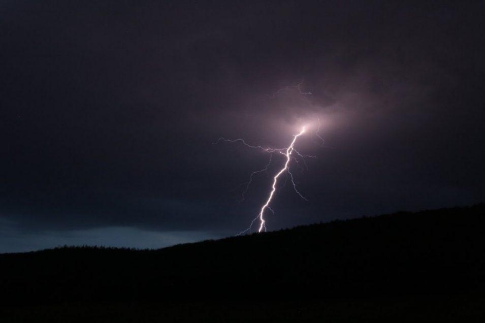 Na Liberec míří další bouřky a silný vítr. Pak se výrazně ochladí