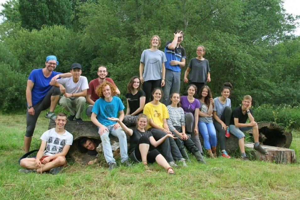 S čištěním Meandrů Smědé Čmelákovi pomohou studenti z celého světa