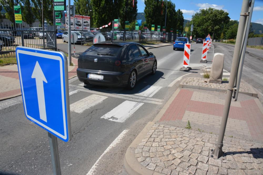 Ulice České mládeže se otevře o týden dřív. Bez omezení ji řidiči projedou od pondělí