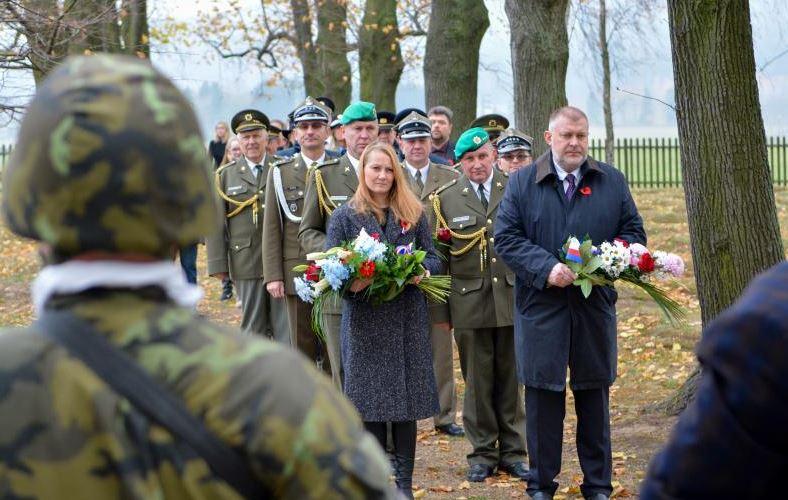 Starosta Frýdlantu vzdal hold válečným veteránům i padlým vojákům