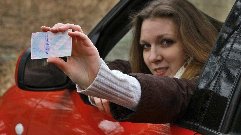 Tisícům lidí v Libereckém kraji končí platnost řidičáku. Nepatříte mezi ně?
