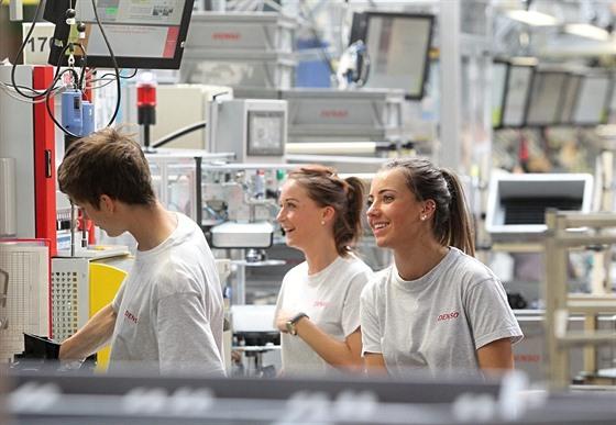 Výroba v autoprůmyslu se zmenšila, firmy v Libereckém kraji propouštějí