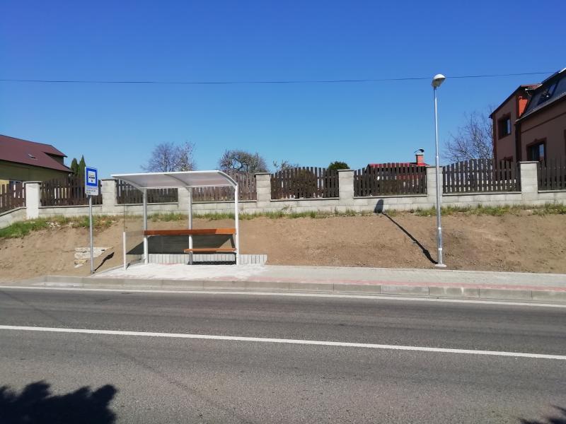 V Žitavské ulici ve Frýdlantu vyrostla nová autobusová zastávka