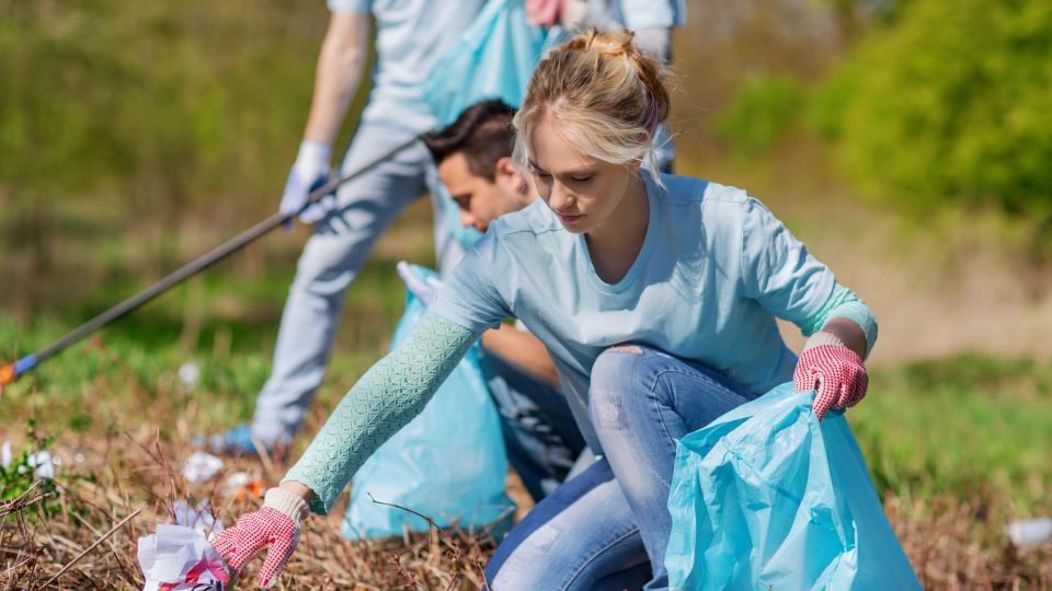 Dobrovolníci uklidí v Jizerkách. V infocentrech si můžou vyzvednout úklidové pomůcky