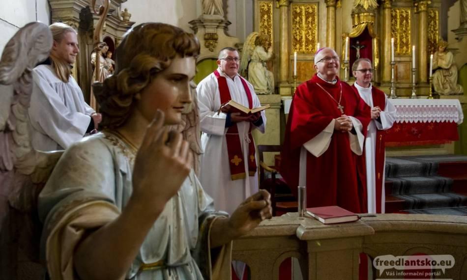Fotogalerie: Poutní slavnost sv. Kateřiny v Novém Městě pod Smrkem