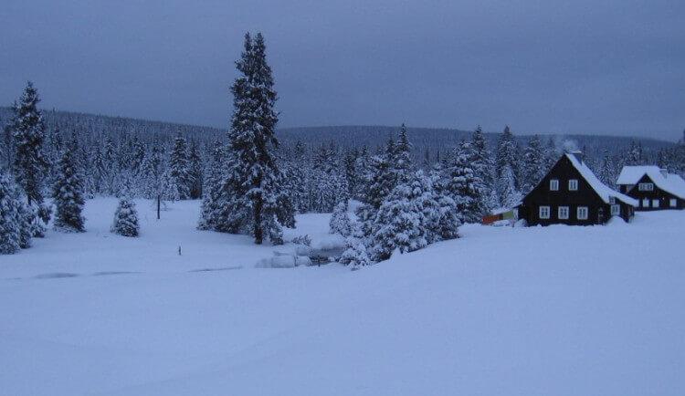 Zima se na chvíli ukázala, na Jizerce bylo minus devatenáct stupňů