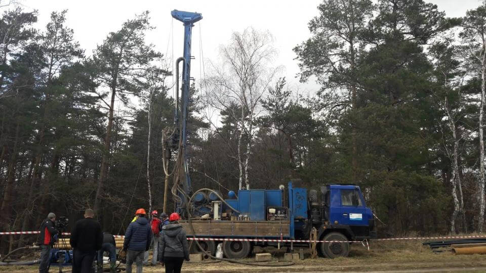 U česko-polské hranice vzniká síť vrtů. Geologové budou sledovat spodní vodu