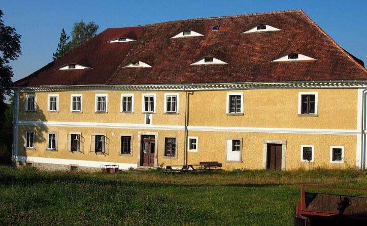40 a 340 let kovárny v Řasnici. V sobotu a v neděli bude otevřeno