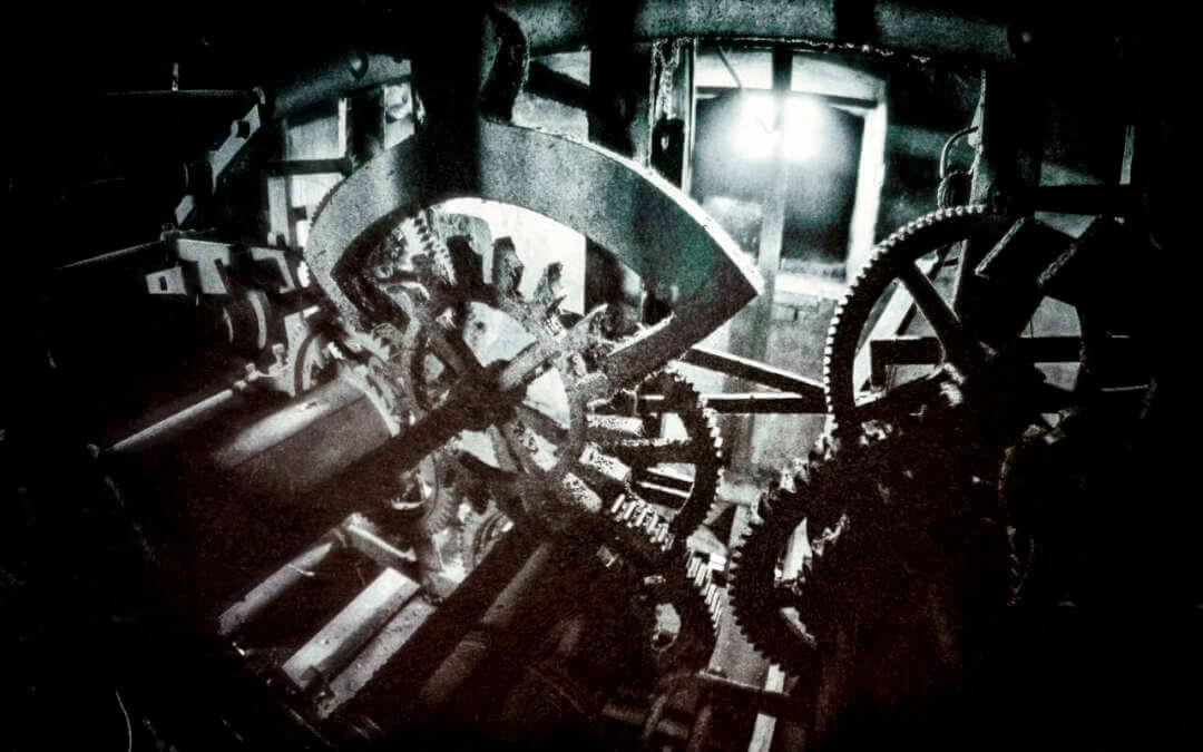 """""""Probuzení hlasu kostelního času"""", to je motto finanční sbírky na opravu hodinového stroje v kostele Všech svatých v Kunraticích"""
