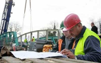 Z archivu Deníku: Před deseti lety začali ve Frýdlantu stavět most přes Smědou