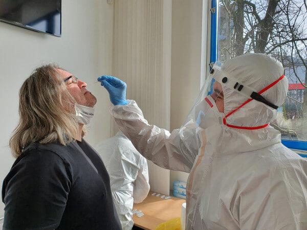 Občané Libereckého kraje mohou přejíždět na PCR i antigenní testy do jiného okresu