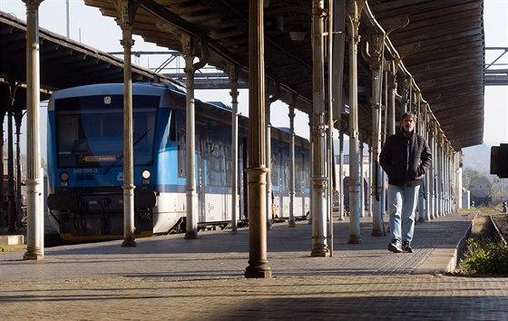 Kraj trvá na rychlém vlaku z Liberce do Prahy, spojí se s Němci a Poláky