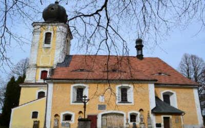 Po bezmála třiceti letech se vrátí mše do jednoho z nejstarších kostelů na Liberecku